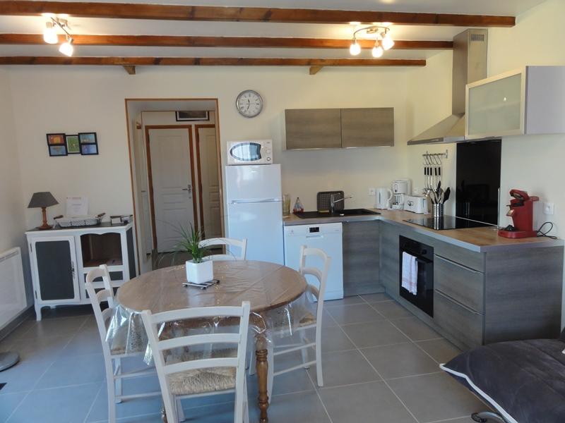 meubl de tourisme la petite maison pays de la baie du mont saint michel. Black Bedroom Furniture Sets. Home Design Ideas