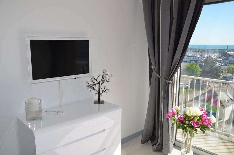 meubl de tourisme les cormorans pays de la baie du mont saint michel. Black Bedroom Furniture Sets. Home Design Ideas