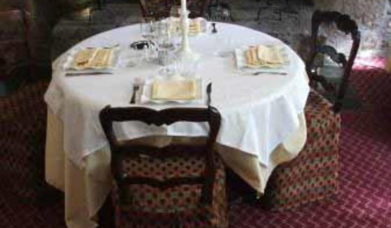 2012_Trelly_Restaurant la Verte Campagne_table_TIS