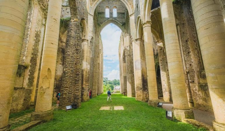 abbaye de hambye teddy bear photos (6)